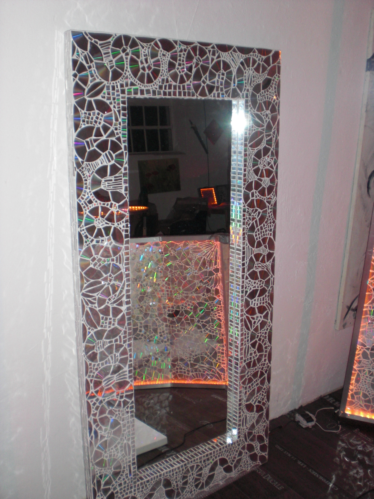 energie spiegel 95 cm x 190 cm cm mit wei en konturen. Black Bedroom Furniture Sets. Home Design Ideas